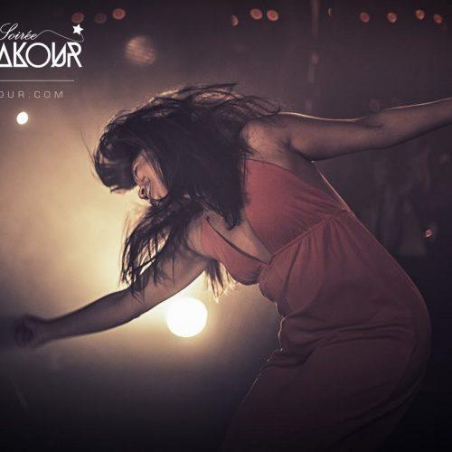 Regarde la vidéo de MALOYA QUEEN avec DJ DAN et XÉLA à la soirée Coqlakour du 19/11/2016