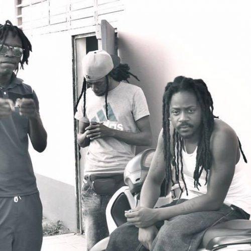 Découvre le clip des guadeloupéens JOOSLYF – «MOB» (Prod By YungSpliff)  et MERCENAIRE & YUNGSPLIFF  – «Pointe à Pitre» – Juin 2017