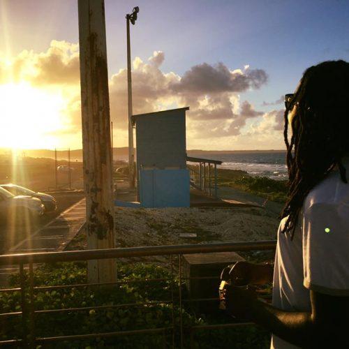 T KIMP GEE le poète du ghetto nous dévoile son titre  – «Sombre / Rose Noir» – Juillet 2017