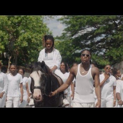 Daniel Caesar – CYANIDE: REMIX ft. Koffee (Official Video)  – Décembre 2019