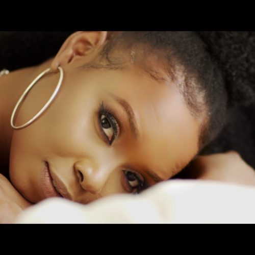 Yemi Alade – Remind You (Official Video) Starring Djimon Hounsou – Janvier 2020