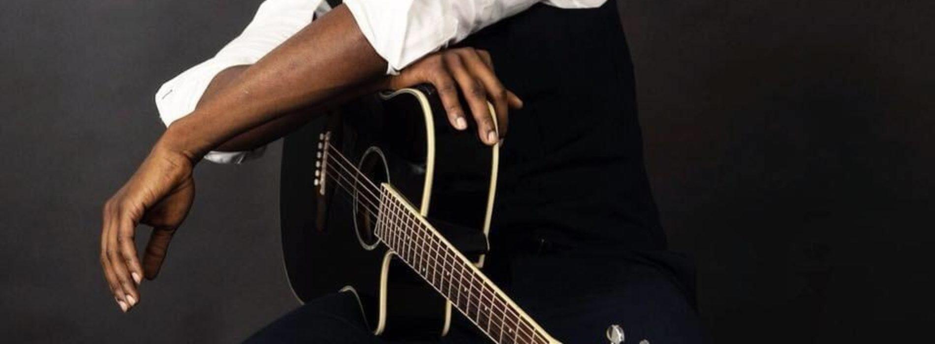 """L'album """" Sans Le Bandeau"""" SenSey' – Jamais / Parano / DLP (feat. Lylah) / J'avoue, j'avoue (feat. Hiro) / Je t'aime / Trop loin (feat. Wilson) / Où aller (feat. Bolémvn) / Toute la nuit /Rappelle-moi – Février 2020"""