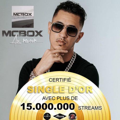 """MC BOX (artiste Réunionnais) a été certifié SINGLE D'OR pour le titre """"Au revoir"""". Découvre 15 CLIPS qui ont fait son succès . Régarde son interview """"FONDKER"""" par Run Garden – Août 2020"""