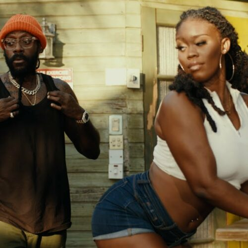 Tarrus Riley – Just Like That (Official Music Video) – Avril 2021