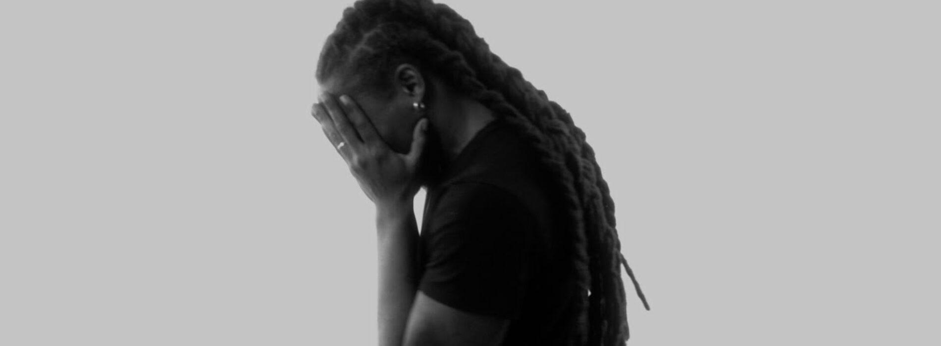 Découvre le nouveau clip du titre hommage  « Légende » de Reyel Ay – Mai 2021
