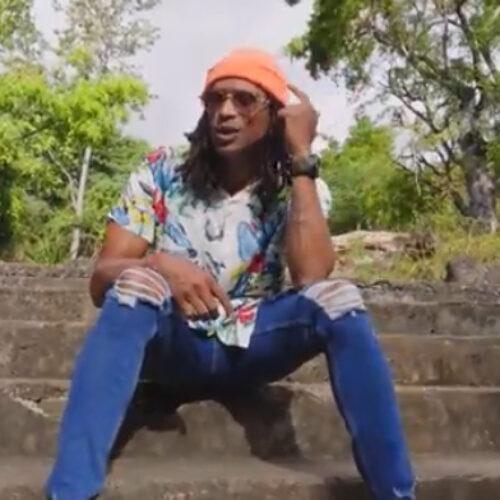 Découvre le dernier clip Kaf Malbar – «li priyèr» #KingkafMalbar – Août 2021